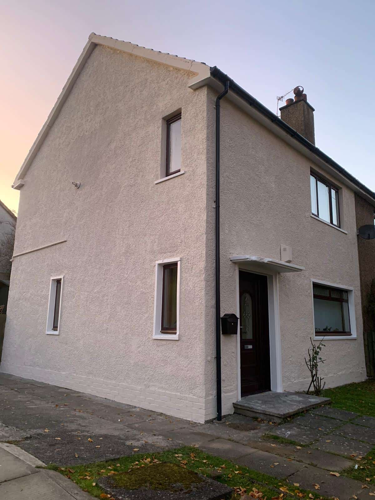gable end roughcast Glasgow